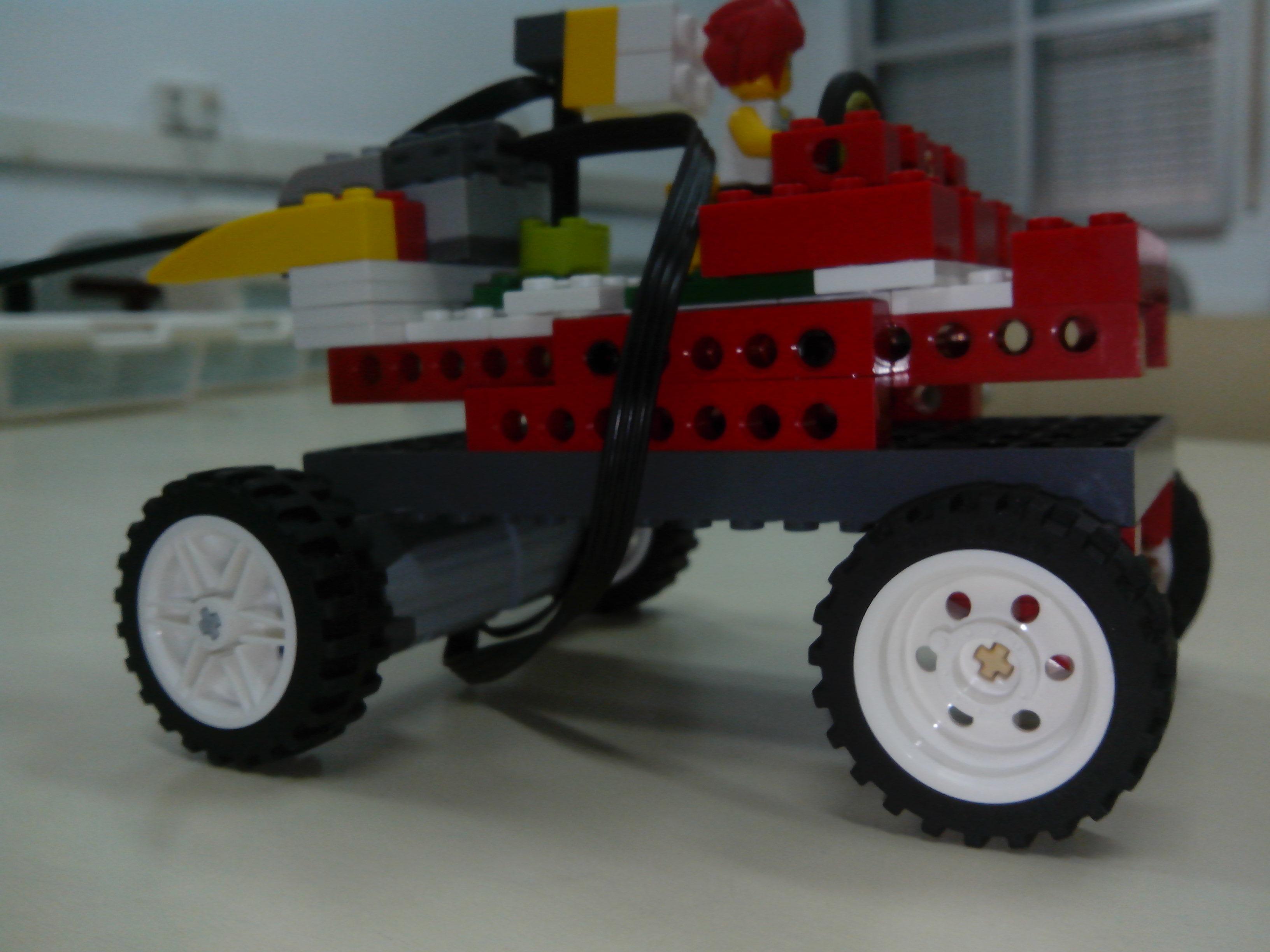 Controlando 2 motores Lego WeDo con scratch 1.4