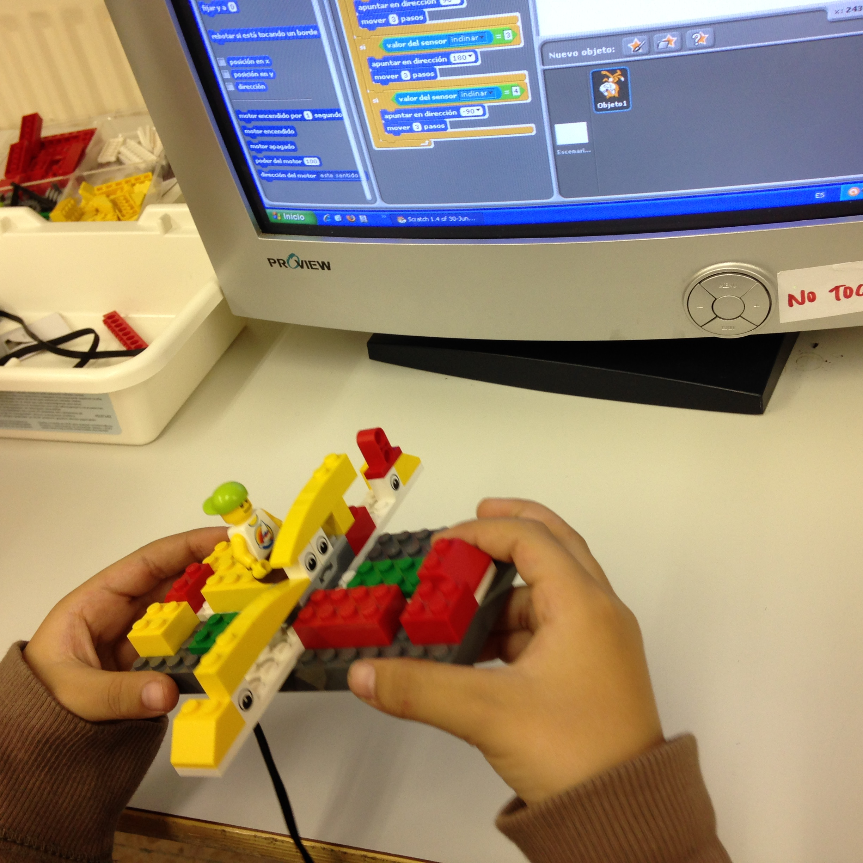 robotica-lego wedo-educacion-mando-sensor