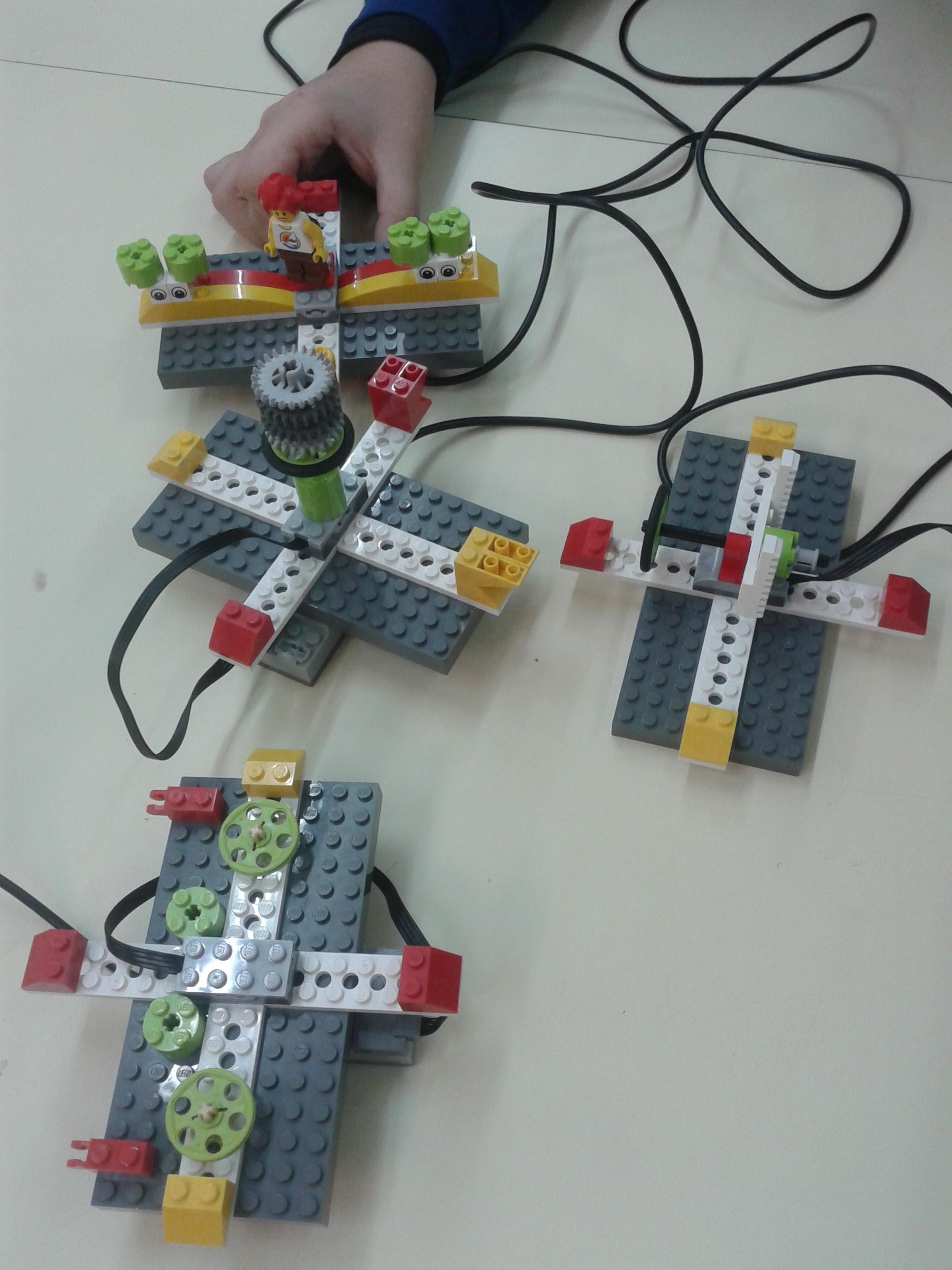 Construcción de mandos de videojuego en el Breogán