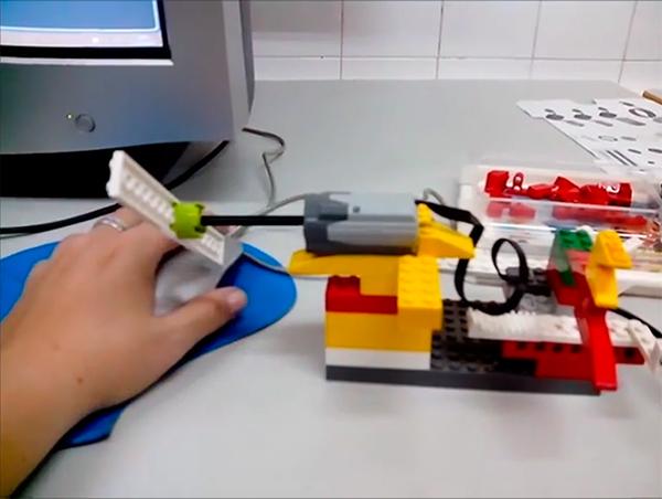 ¡Empezamos a programar con LegoWeDo!