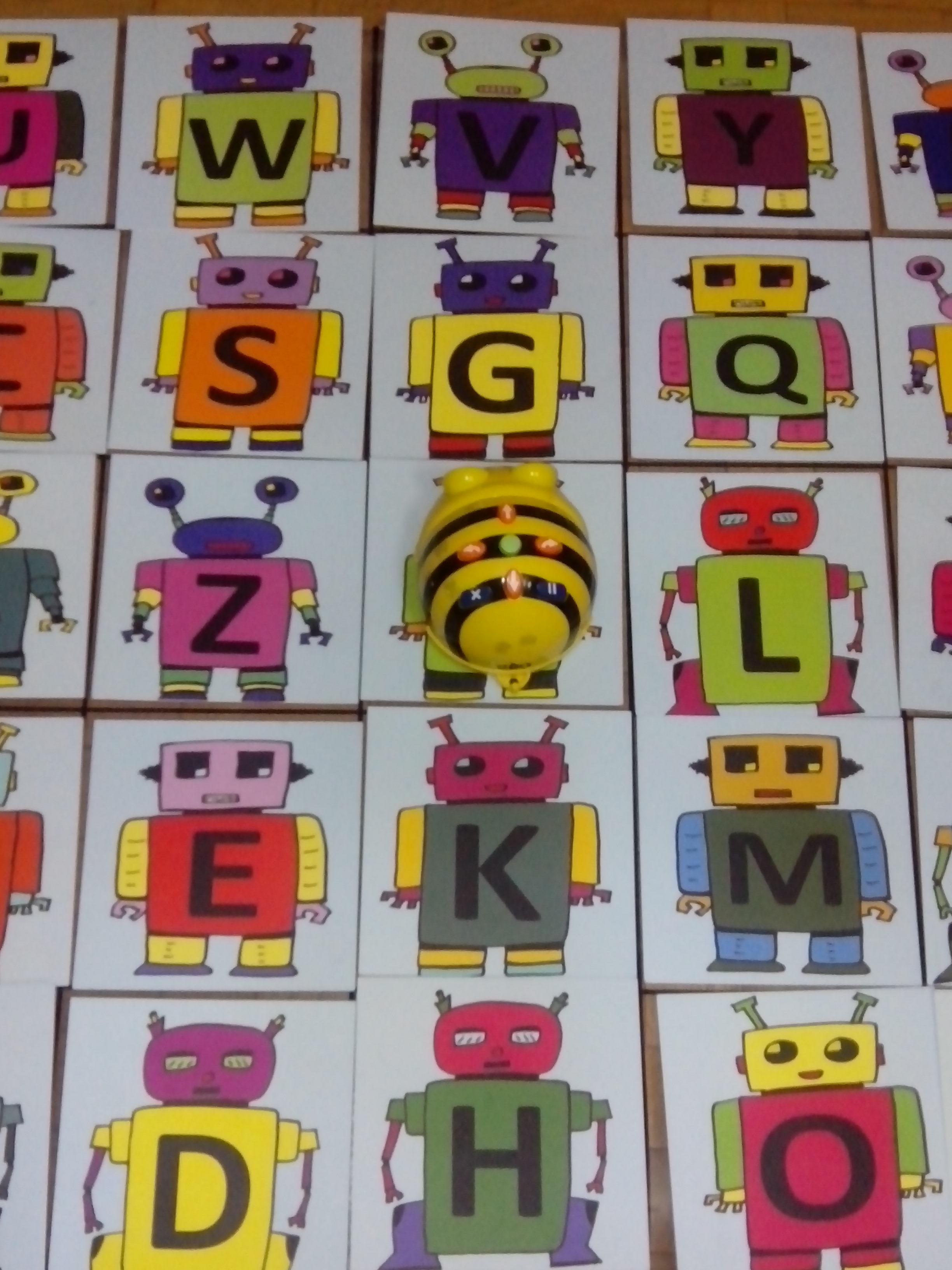 Aprendemos con Bee-Bot.